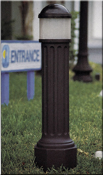 Polysteel LED Lighted Bollard w Domed Top